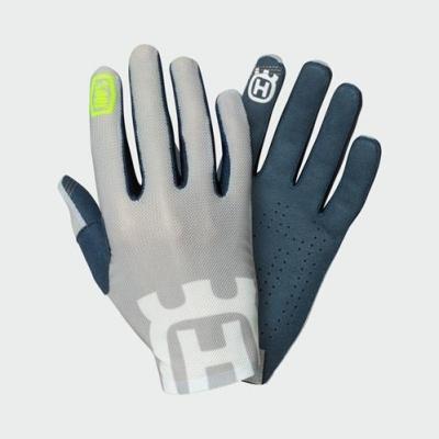 pho_hs_pers_vs_45419_3hs192730x_celium_ii_railed_gloves__sall__awsg__v1