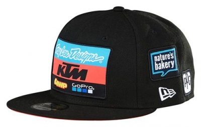 pho_pw_pers_vs_upw19000600x_tld_team_hat_black_front__sall__awsg__v1